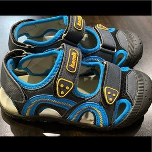 Kamik Seaturtle Boys Sandals Size 12